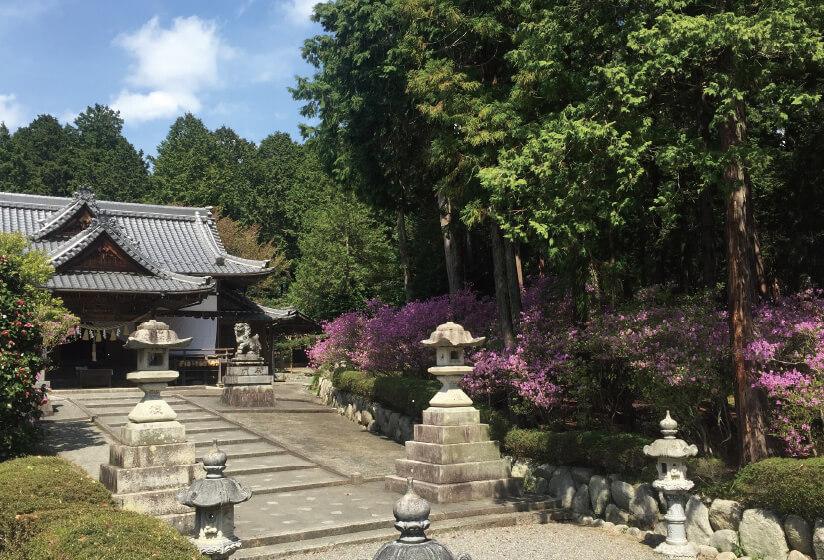 伊奈富神社